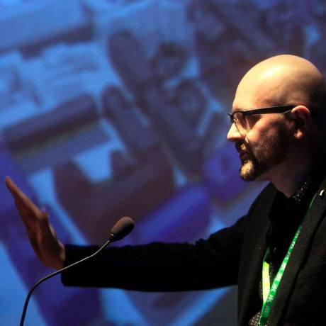 Krzysztof Nawratek